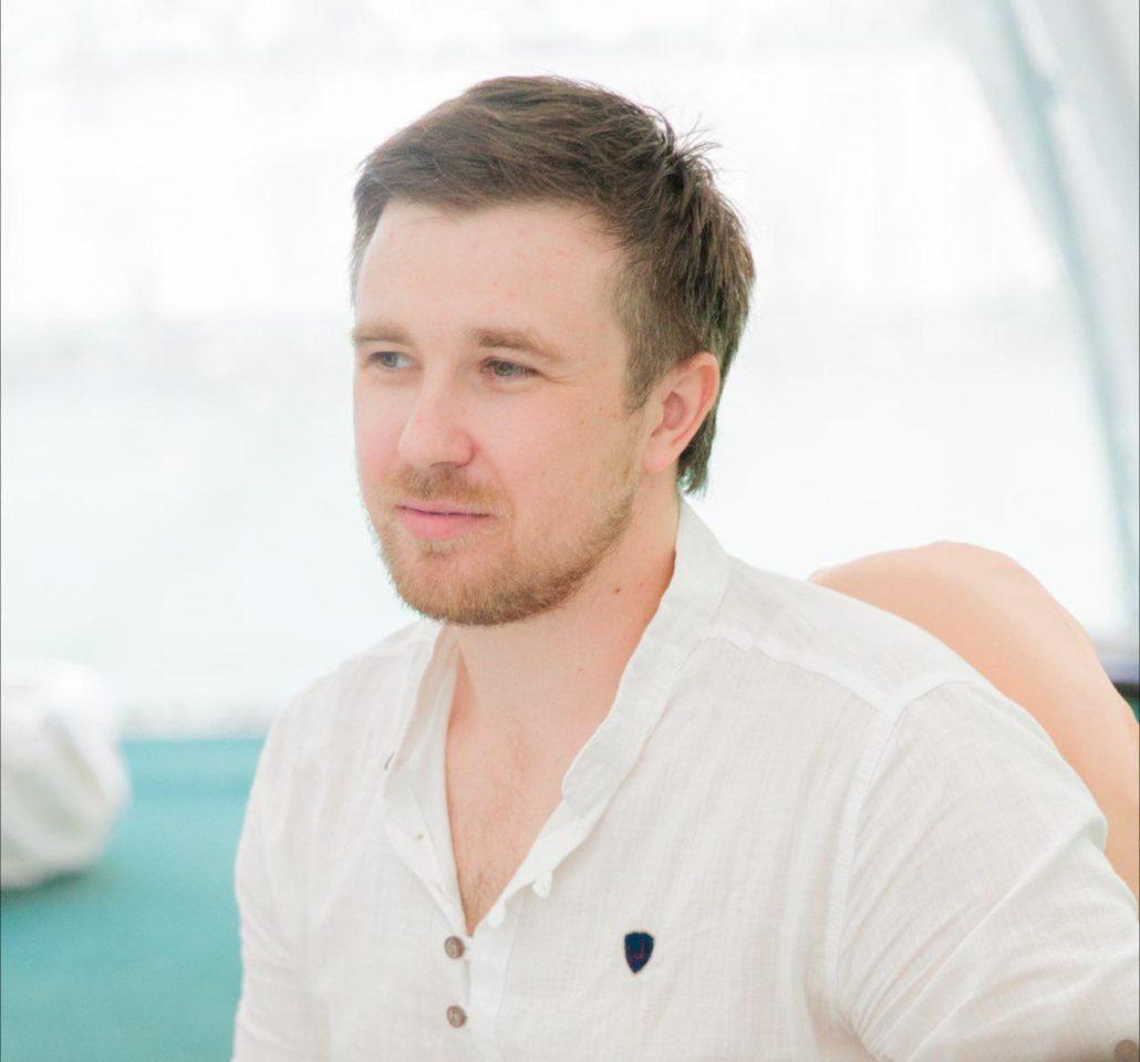 Антон Меркушев